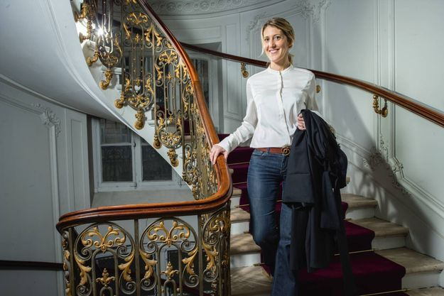 Le 16 décembre, Me Julia Minkowski dans l'immeuble de la rue de Rivoli qui abrite le cabinet Temime et Associés.