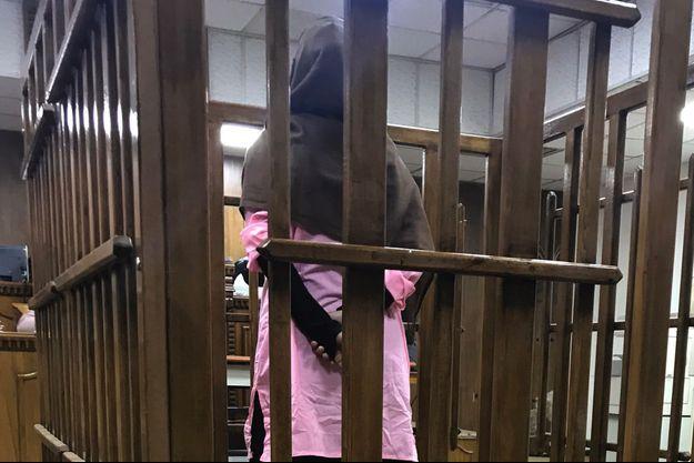 La française Djamila Boutoutaou lors de son procès en Irak en avril 2017.