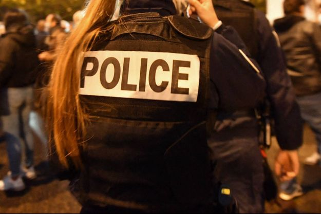 Un ex-agent français a été mis en examen pour association de malfaiteurs et corruption passive (image d'illustration).