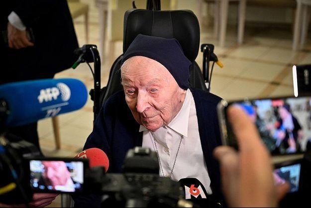 Lucile Randon, lors de son 116e anniversaire.