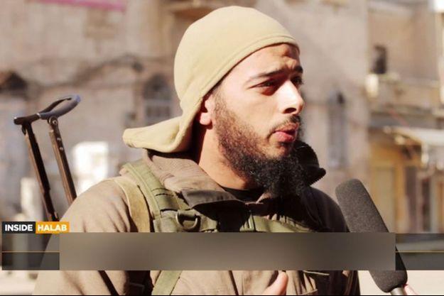 Salim Benghalem interrogé par John Cantlie.