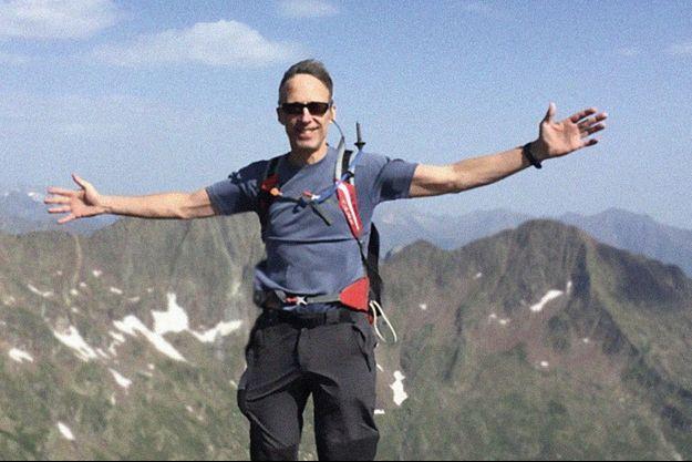 Grand sportif, Olivier de Germay près du ciel dans le massif des Pyrénées.