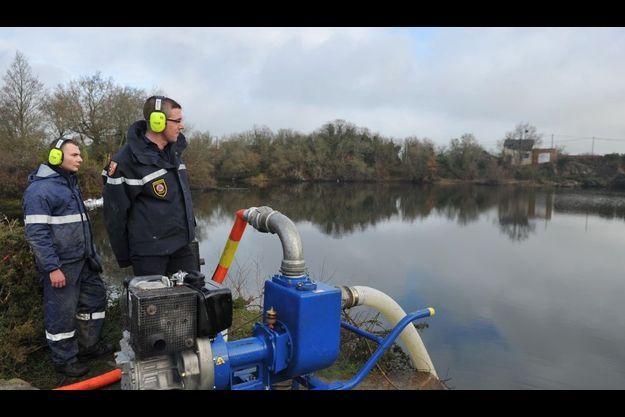 La vidange de l'étang de Lavau-sur-Loire