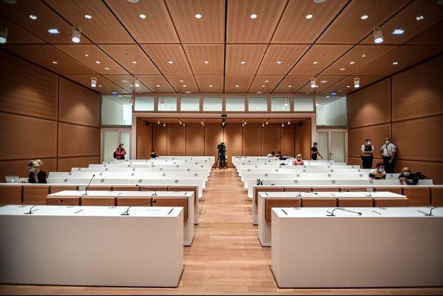 La salle d'audience dans laquelle doit se dérouler, du 2 septembre au 10 novembre 2020, le procès des attentats de janvier 2015 à Paris.