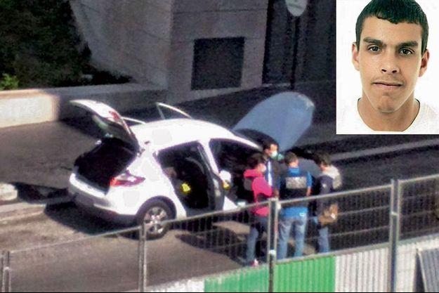 Dimanche 19 avril, près de la résidence du Crous où il vit quand il est à Paris, la Renault Mégane de Sid Ahmed Ghlam dans laquelle les policiers viennent de retrouver une partie de son arsenal.