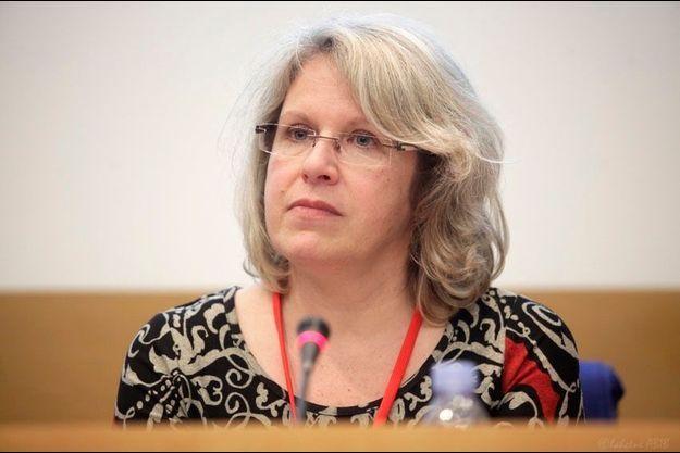 """Violaine Guérin, présidente de l'association """"Stop aux violences"""", lors des Assises nationales sur les violences sexuelles au Sénat en janvier 2014."""