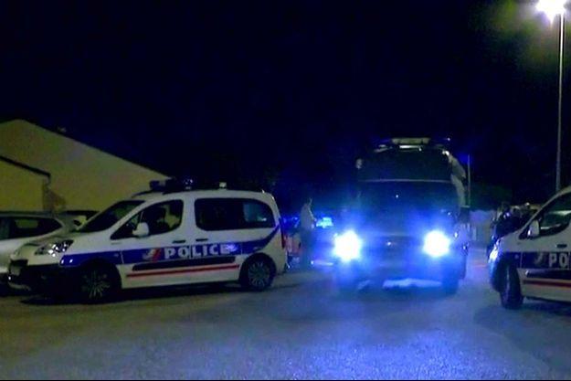 Jessica et Jean-Baptiste, un couple de policiers, ont été tués par Larossi Abballa lundi soir à Magnanville (Yvelines).