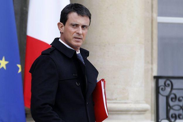 Manuel Valls, après le Conseil de défense