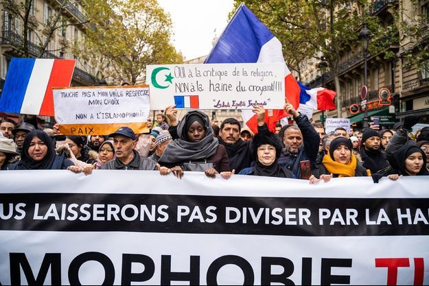 Photo prise lors de la marche contre l'islamophobie.