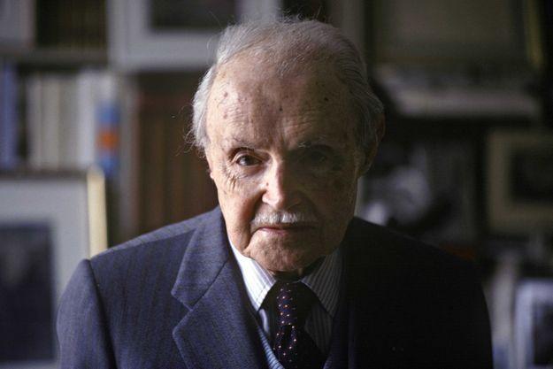 Maurice Genevoix, chez lui, à Orléans, en 1979.