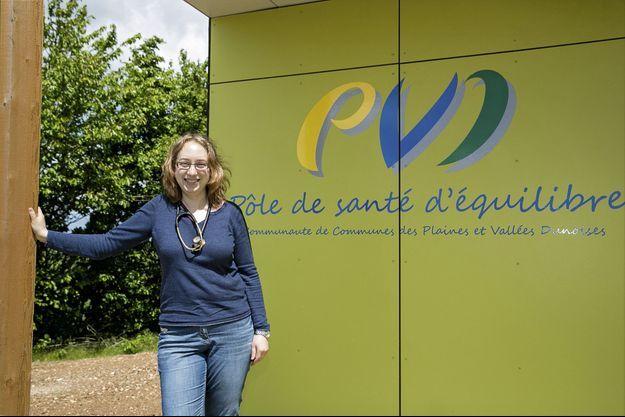 En Eure-et-Loire, le Dr Venot-Goudeau vient de s'installer dans un centre de santé. Elle prend la relève d'un médecin qui exerçait en cabinet.