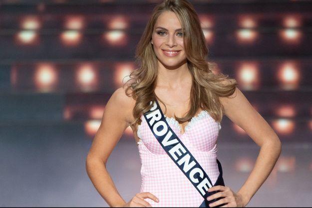 Miss Provence, April Benayoum, lors de l'élection de Miss France 2021 samedi.