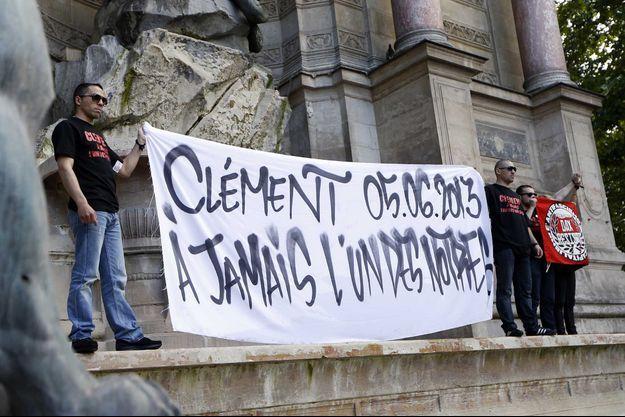 Une banderole à la mémoire de Clément Méric, en 2013, à Paris.