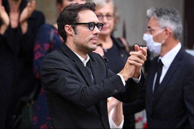 Nicolas Bedos lors des obsèques de son père, Guy Bedos, le 4 juin à Paris.