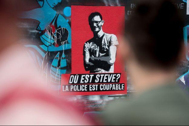 Un dessin de Steve, quai Wilson à Nantes, lieu de sa disparition.