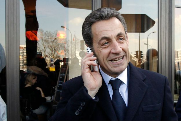 En février 2012, durant la campagne présidentielle, Nicolas Sarkozy près de son QG, à Paris.