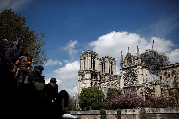 La cathédrale Notre-Dame après le feu.