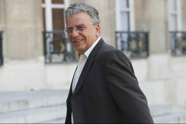 Olivier Duhamel a démenti avoir l'intention d'écrire un livre.