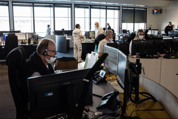 Une salle de régulation des appels du SAMU, à Annecy. Image d'illustration.