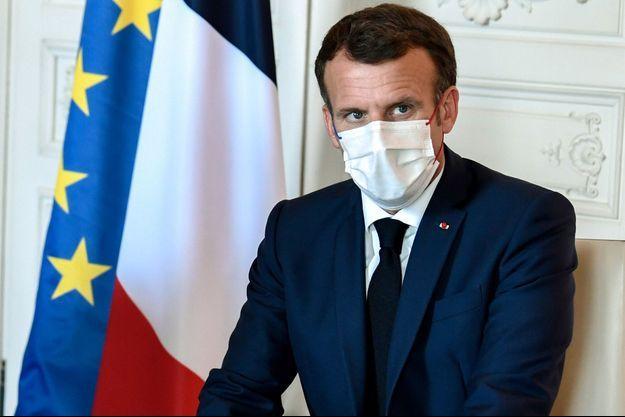"""Emmanuel Macron lundi au sommet """"Choose France""""à Versailles."""