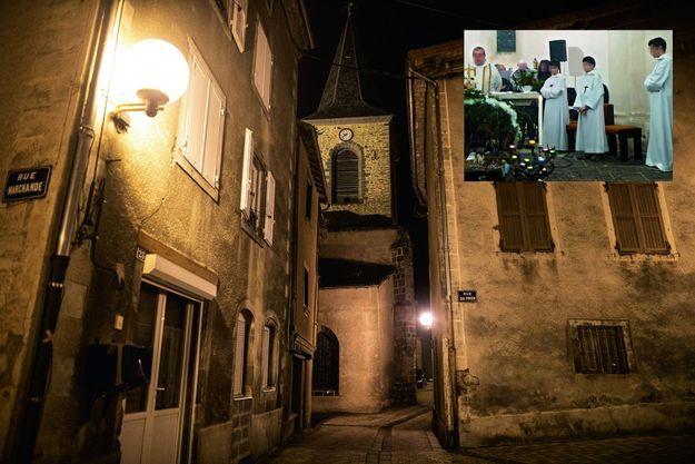 Massiac le 16 octobre, ses ruelles médiévales et son église à façade néogothique, près du presbytère où se seraient déroulés les faits. En médaillon: Le curé pendant la messe de Noël en 2016. A droite, ses servants, dont deux de ses victimes.