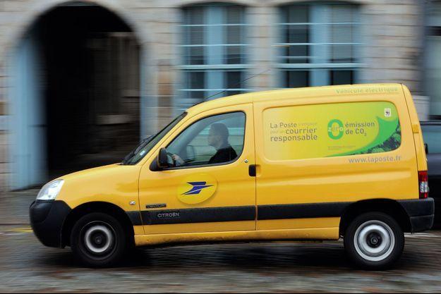 Un facteur, qui s'était débarrassé de plusieurs kilos de courrier, a été condamné à la prison ferme.(Image d'illustration)