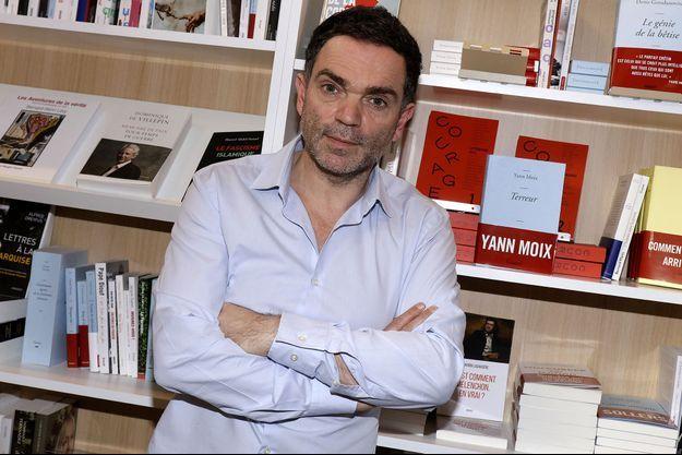 Yann Moix lors de la 37ème édition du Salon du livre au parc des expositions, à la porte de Versailles, à Paris, en mars 2017.