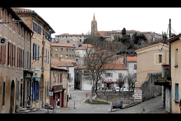 Le village de Fanjeaux où le double infanticide a eu lieu