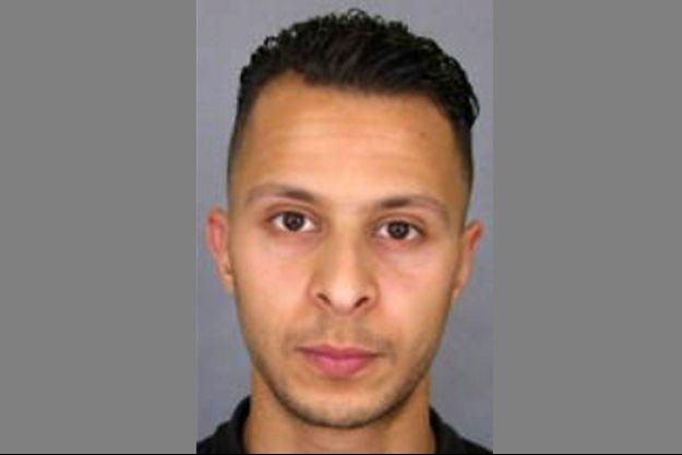 Salah Abdeslam est le seul encore en vie parmi les dix membres du commando jihadiste.