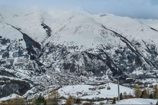 Valloire, ici en novembre 2020, est l'une des stations endeuillées, quatre personnes y ont perdu la vie.