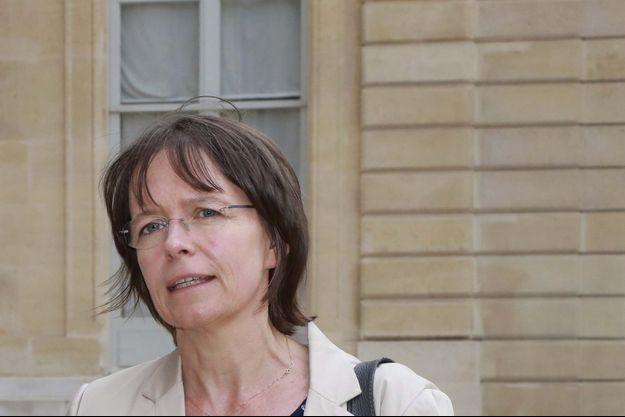 """Directrice générale de Sidaction, Florence Thune témoigne dans """"Portraits de Vi(H)es""""."""