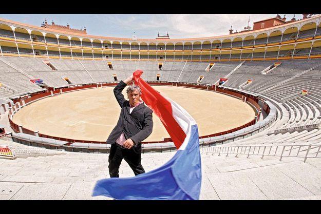 Simon Casas devant la Plaza de Toros Monumental de Las Ventas : 23 798 spectateurs.