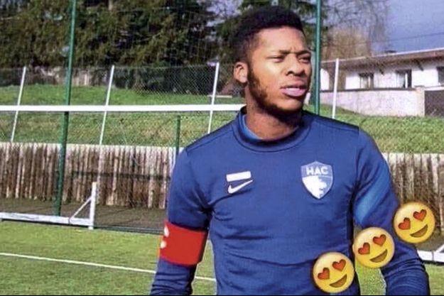 Théo à Dijon lors d'un stage de remise à niveau en 2016. Le club de football Inter Milan l'a invité à assister à un match dès qu'il sera remis de ses blessures.