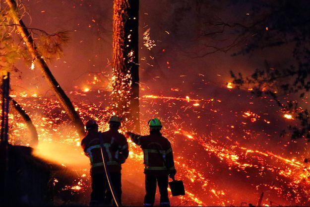 Lors de l'incendie à Anglet, le 30 juillet 2020.