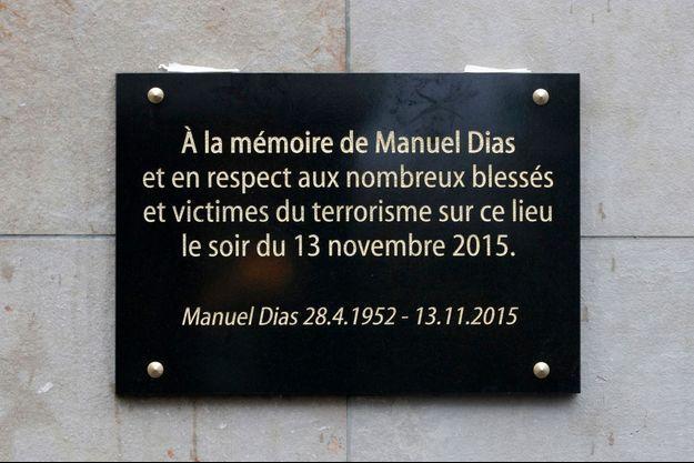 L'attentat commis au Stade de France le 13 novembre 2015 a fait un mort, Manuel Dias.