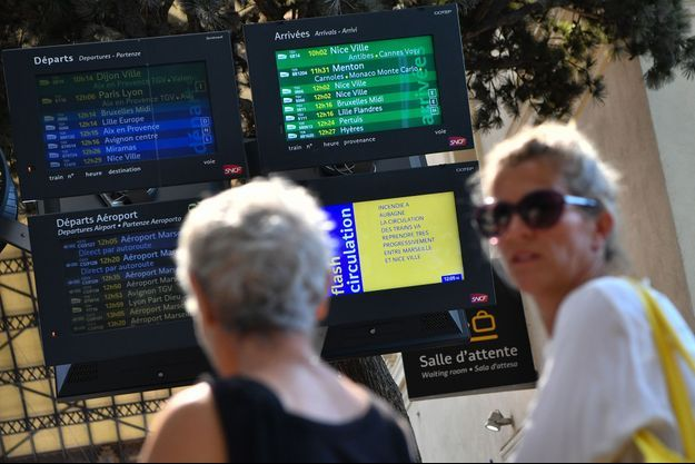 A la gare Saint-Charles de Marseille, dimanche.