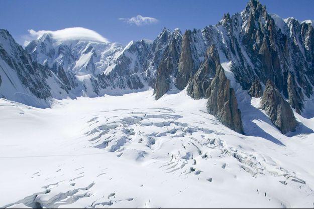 Photo d'illustration montrant le glacier du Géant dans le massif du Mont-Blanc