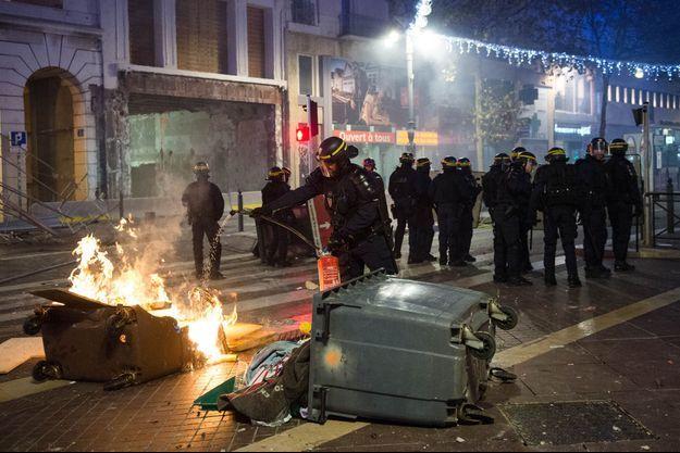 Des incidents avaient éclaté samedi soir à Marseille.
