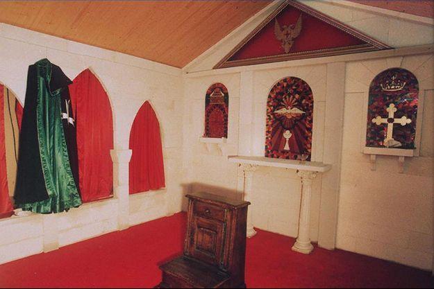 Photo datant du 07 octobre 1994 de la chapelle de la secte du Temple solaire à Cheiry en Suisse.