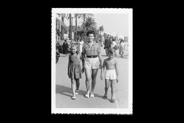 Michel Jonasz: «En 1953, avec ma soeur et ma mère.»