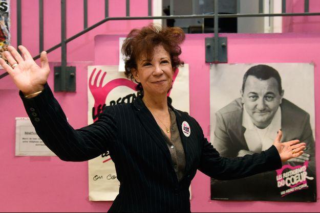 Véronique Colucci, ici en novembre 2016 lors d'une campagne des Restos du coeur.