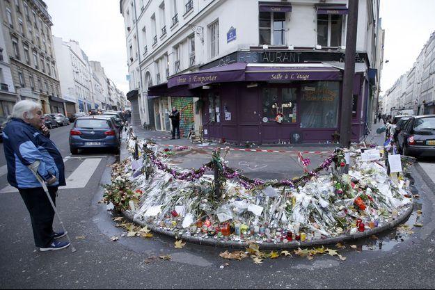 Le restaurant Casa Nostra après l'attentat du 13 novembre.