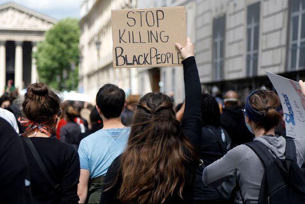 Les manifestants samedi à Paris.