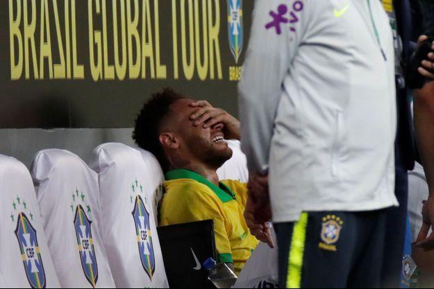Neymar, en larmes, mercredi.
