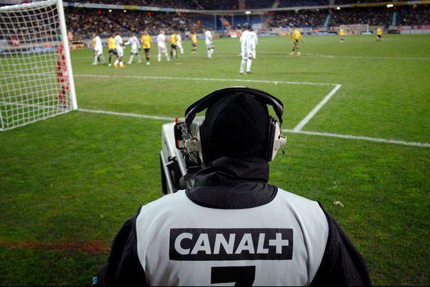 Les droits TV domestiques de la période 2020-24 de la Ligue 1, le championnat d'élite français, ont été attribués contre un montant annuel de 1,153 milliard d'euros.