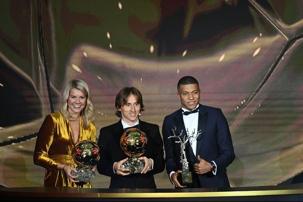 Ada Hegerberg, Luka Modric et Kylian Mbappé.