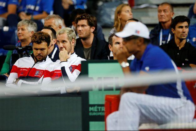 Yannick Noah, capitaine de l'équipe de France de Coupe Davis.