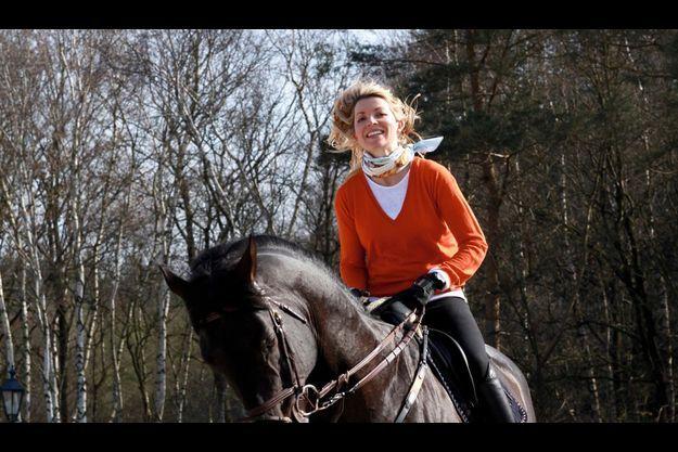 En équitation, il faut préparer l'avenir : celui d'Edwina s'appelle Guccio, un étalon reproducteur de 9 ans, avec qui elle pense déjà aux JO de Rio.
