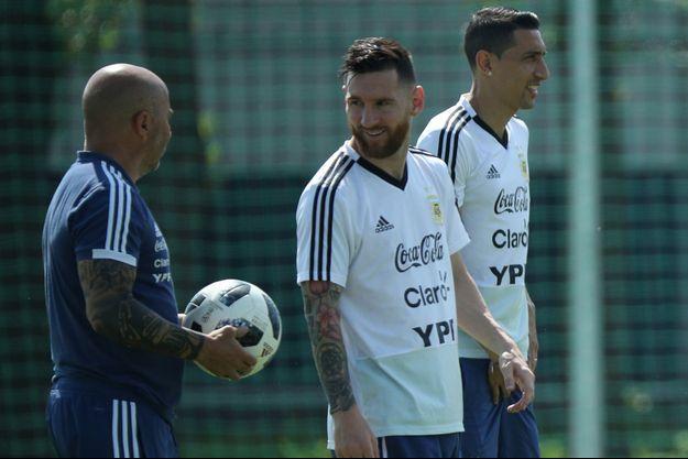 Lionel Messi et Angel Di Maria à l'entraînement vendredi.