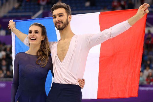 Gabriella Papadakis et Guillaume Cizeron après le deuxième place.